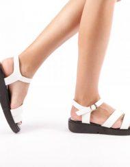 Дамски сандали Olga бели